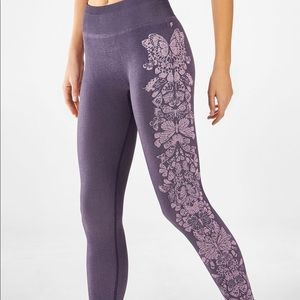 Fabletics NWT seamless jacquard butterfly leggings